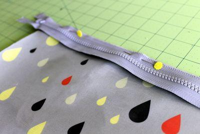 Pinning zipper