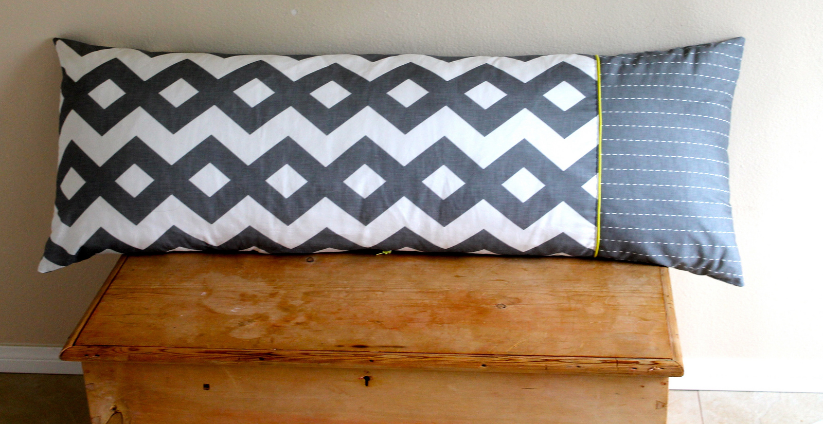 Tutorial bolster cushion cover spoonflower blog Sew bolster pillow cover