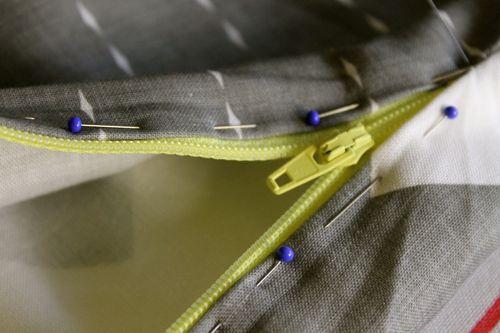 Insert zipper