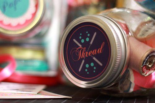 Jar tops thread