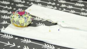 SF Knit Baby Leggings Pattern - Legs pinned