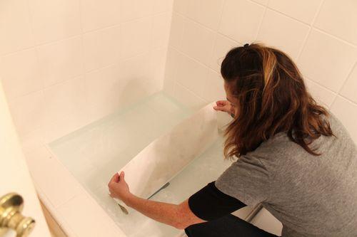 wetting wallpaper