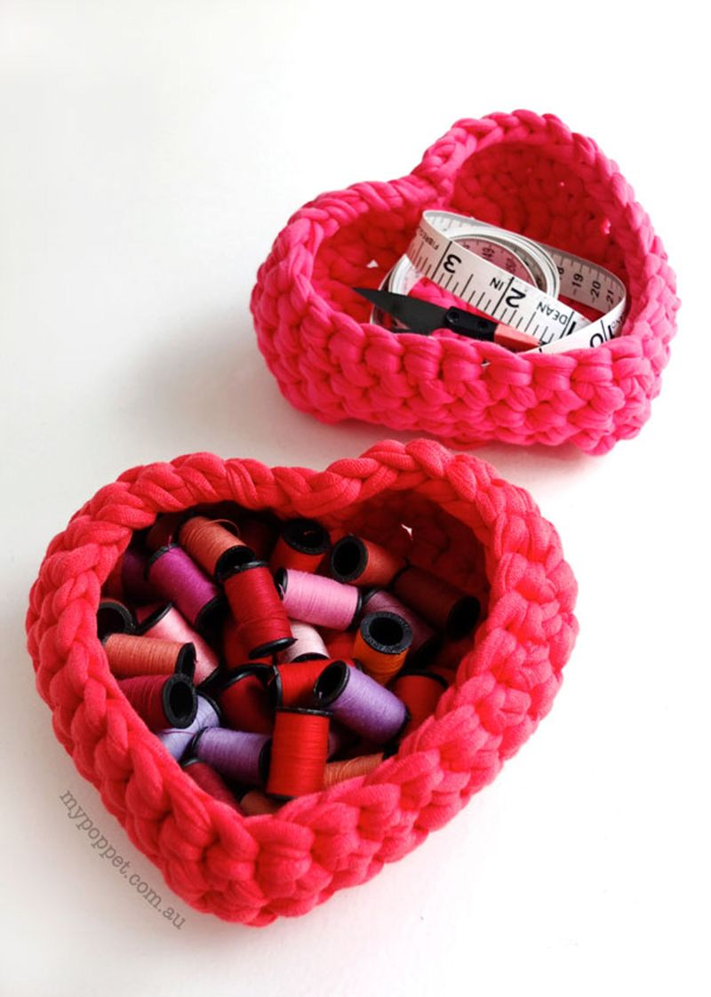 Crochet_baskets_big