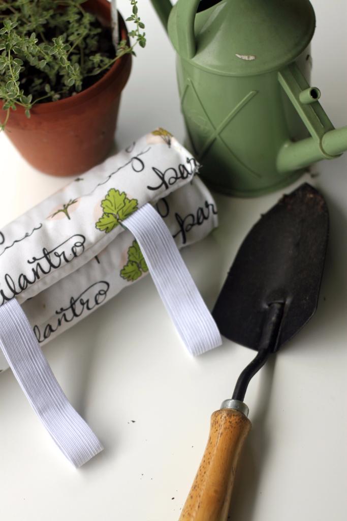 DIY garden kneeling pad project using custom fabric