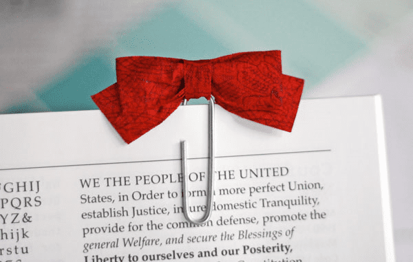 Red bow paperclip