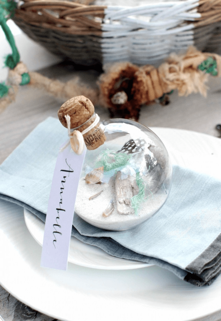 Coastal-style Place Settings