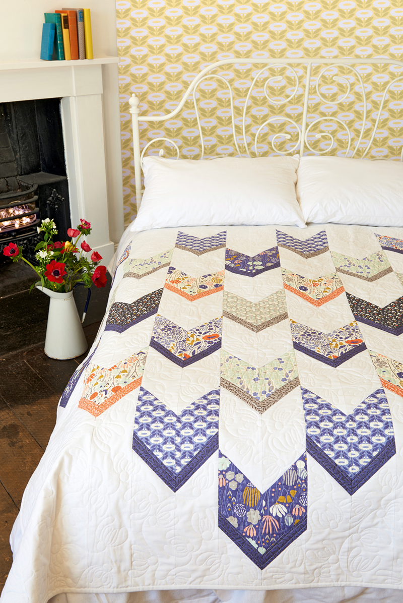 Elizabeth Olwen bedroom chevron qulit