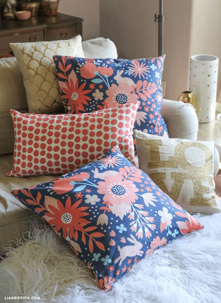 DIY_Easy_Zipper_Pillows_Video