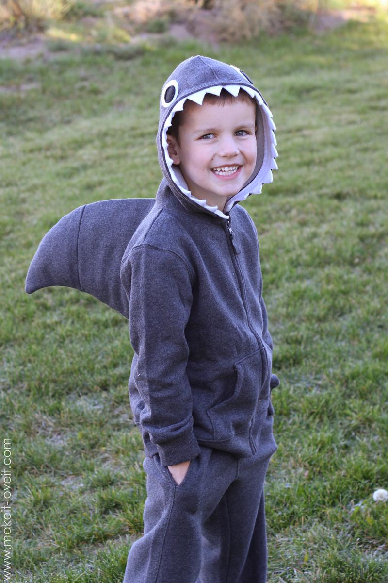 Костюм акулы своими руками для ребенка