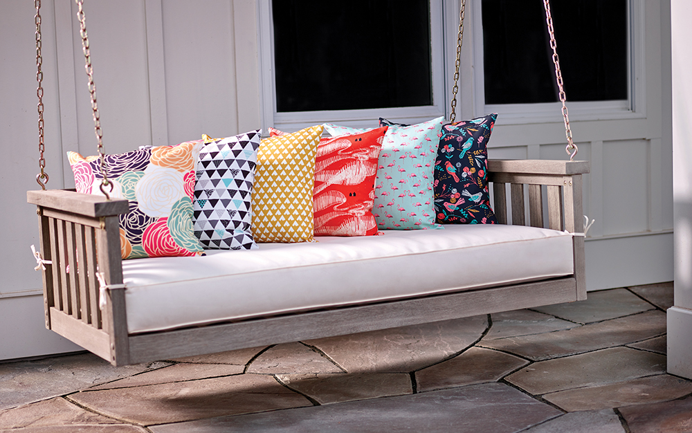 DIY Zipper Pillows | Spoonflower Blog
