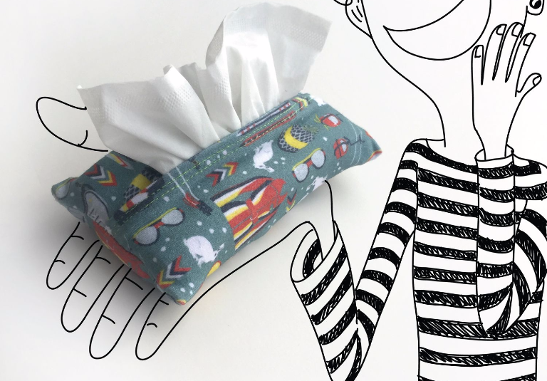 Easy travel tissue cover with French seams