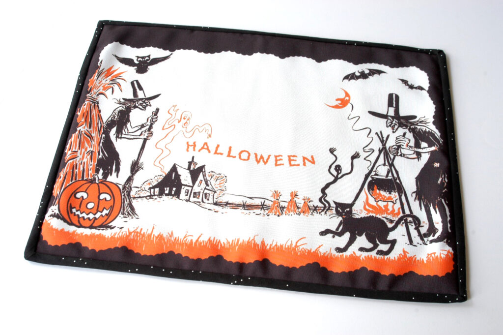 finished Halloween placemat