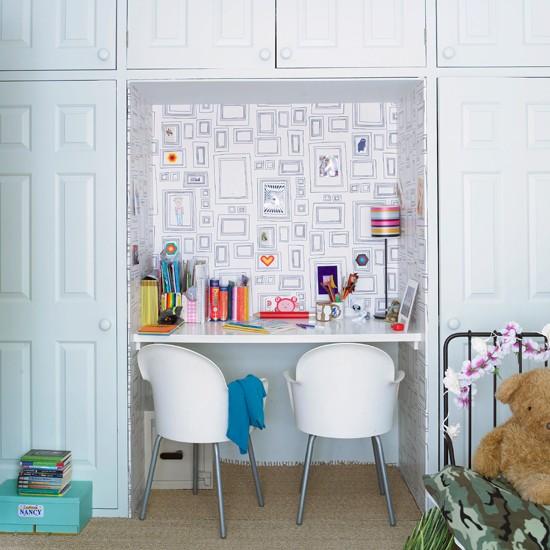 child's study area