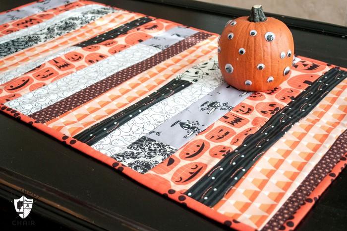 halloween-decoration-to-sew-700x465
