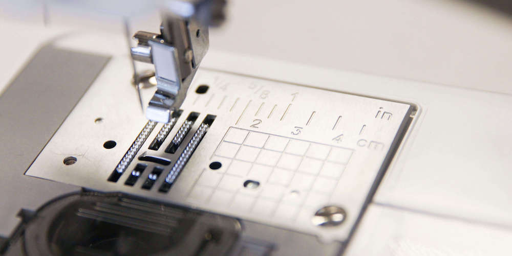 Spoonflower's Ultimate Sewing Guide for Beginners - Stitch Plate
