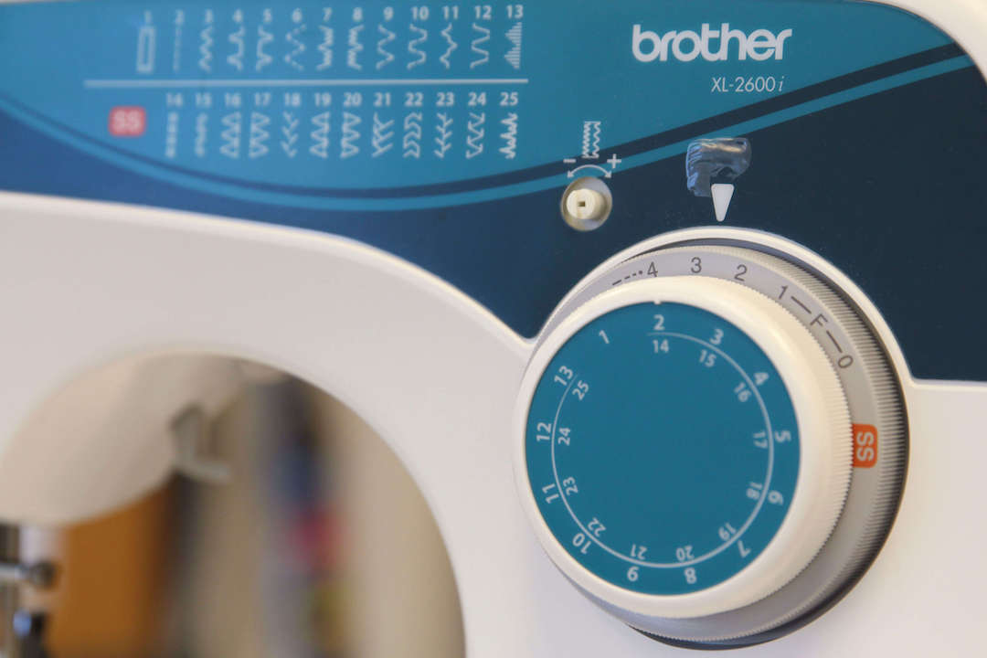 Spoonflower's Ultimate Sewing Guide for Beginners - Stitch Length Adjustment Knob