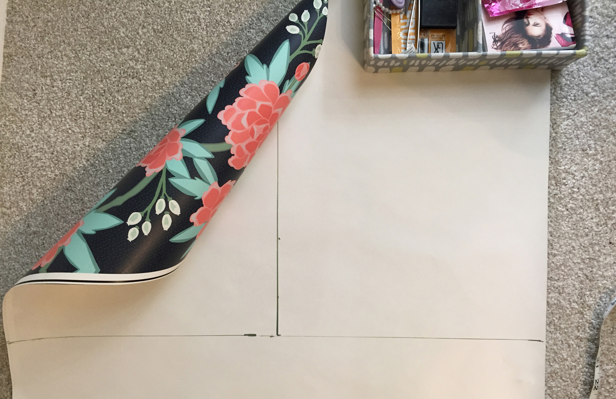 Measuring wallpaper