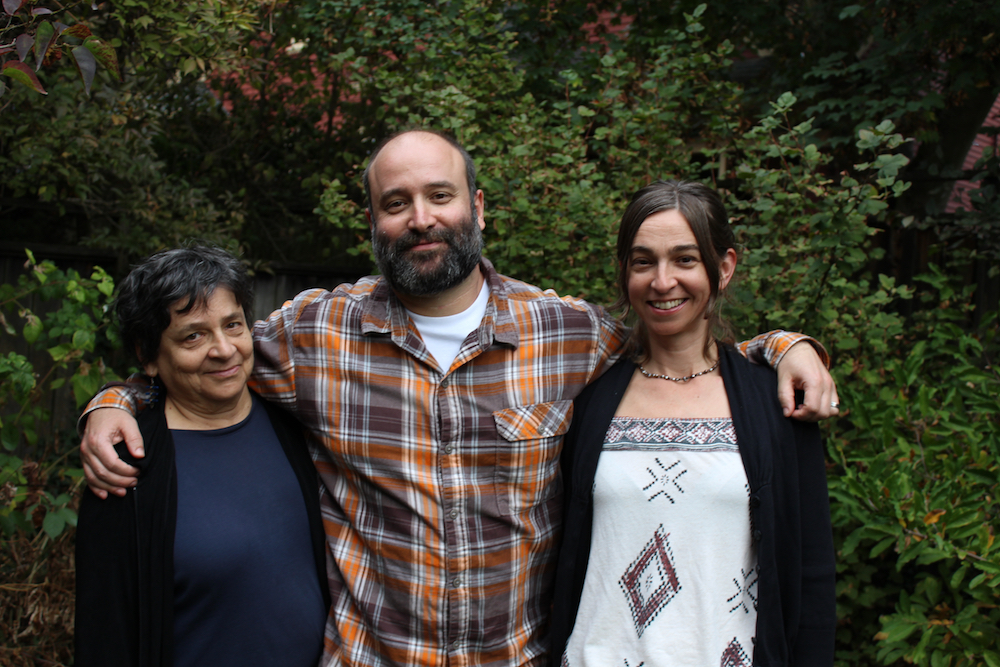 From left to right: Zoë's mother Carola Penn, brother Lev, and Zoë
