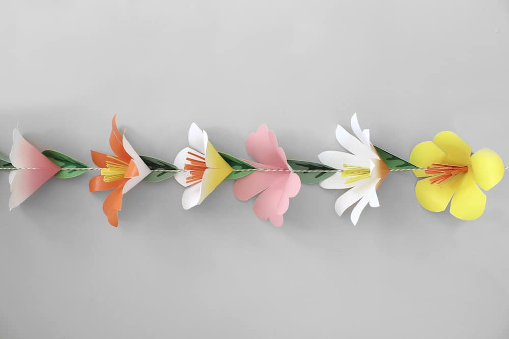 Now You Have A Lovely Flower Garland To Bring New Life And Whimsy Your Home For Special Celebration Or Enjoy Year Round