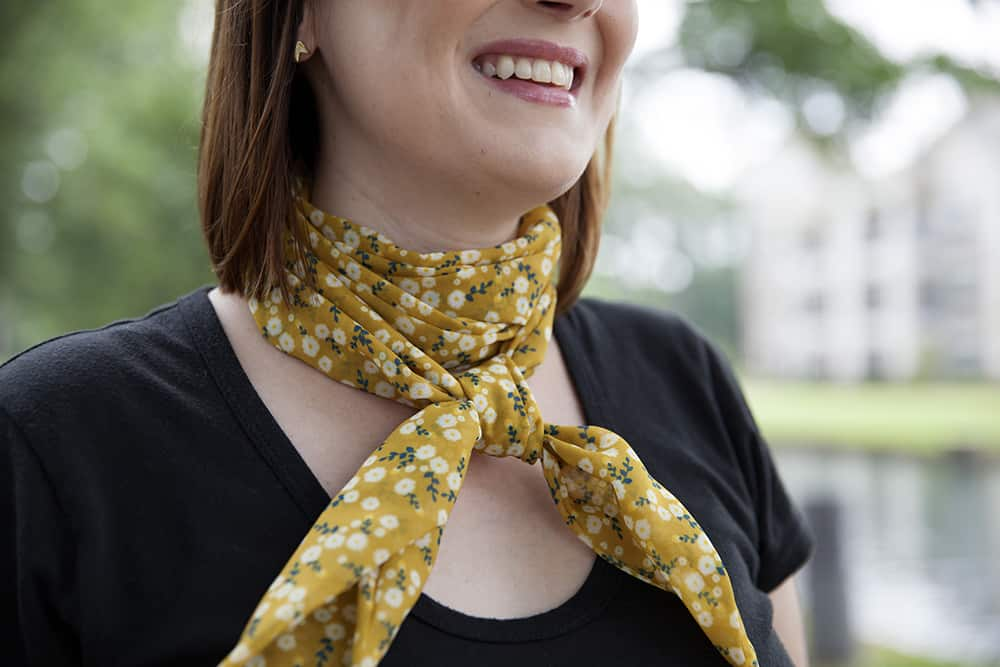 Lindsey is all smiles when wearing her favorite fabric, Chiffon. Autumn Yellow Daisy by katebillingsley | Spoonflower Blog