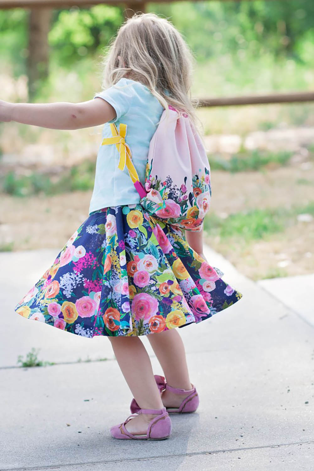 DIY circle skirt and drawstring bag by Sweet Red Poppy   Spoonflower Back to School Blog Hop
