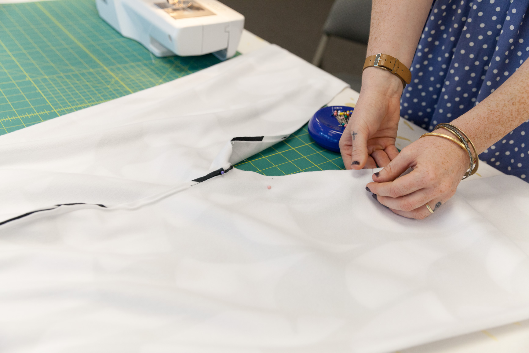 Pinning and stitching up inseam | Spoonflower Blog