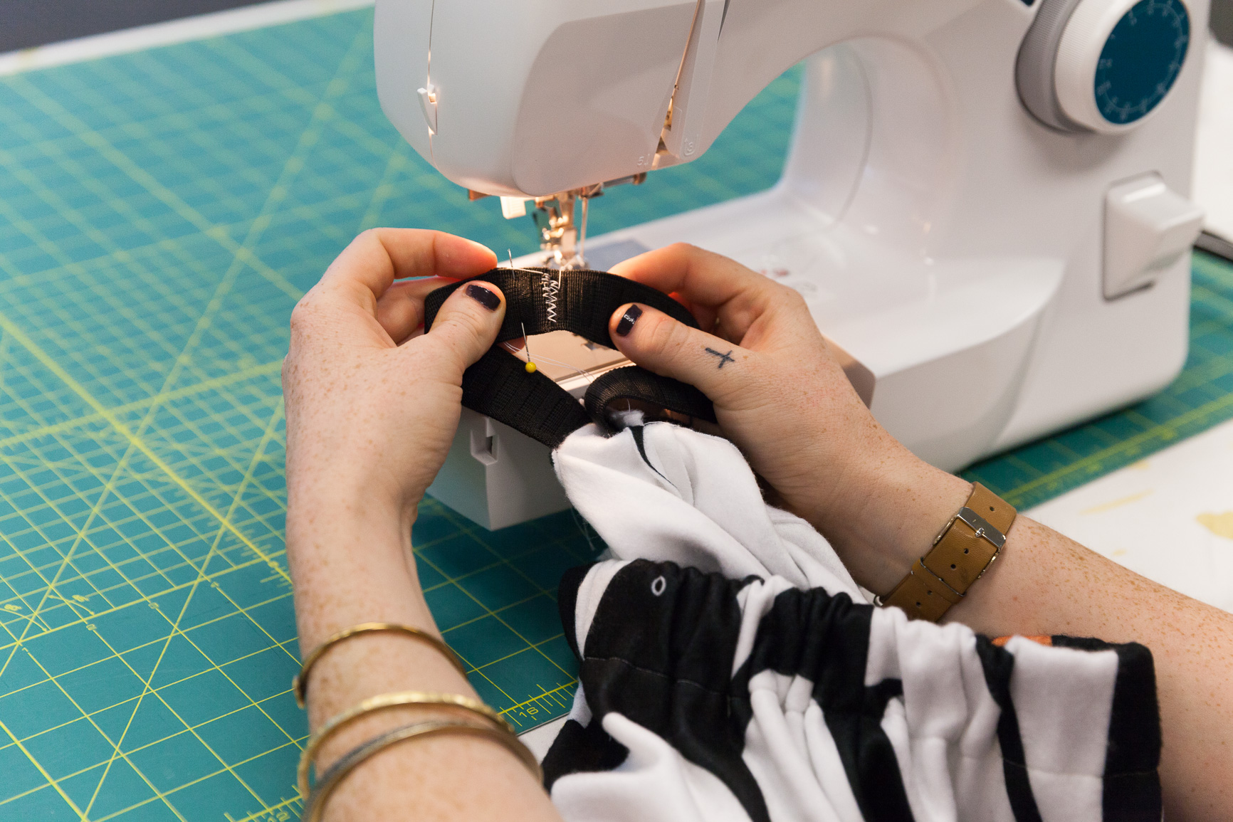 Stitching together the elastic for the waistband | Spoonflower Blog