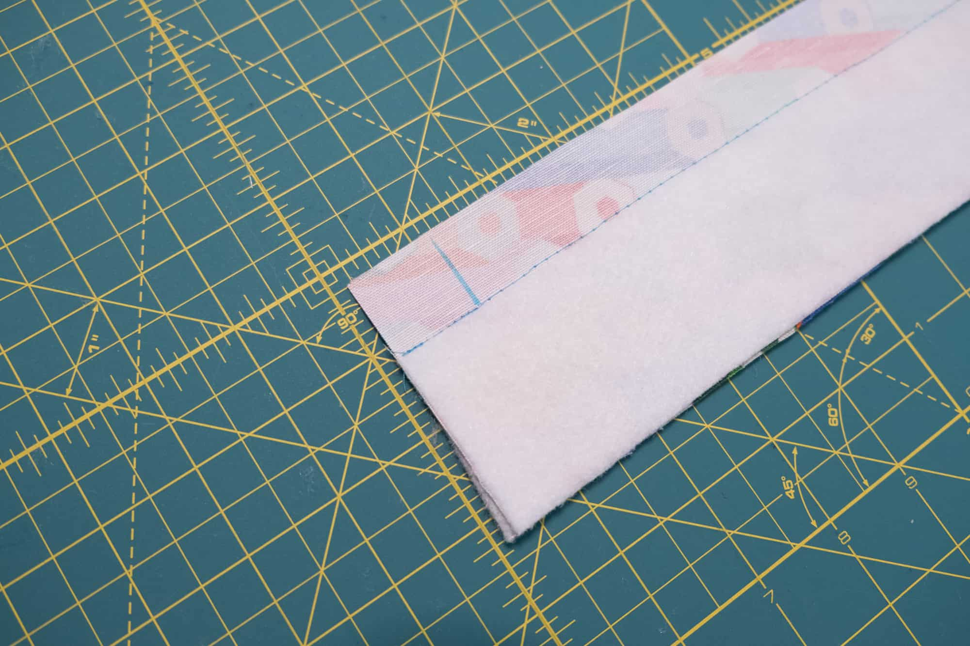 Make a mark 1 inch in from each short edge on your panels | Spoonflower Blog