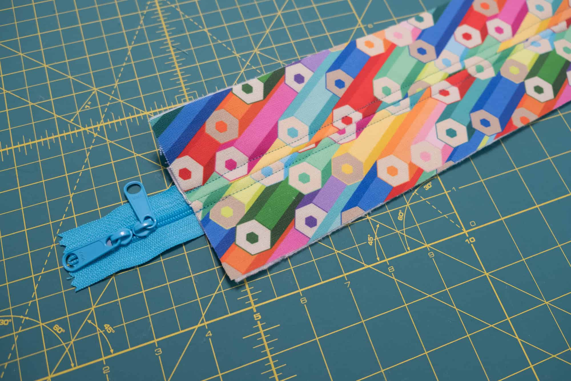 Top stitch along either side of the center seam using a ⅛ inch seam allowance | Spoonflower Blog