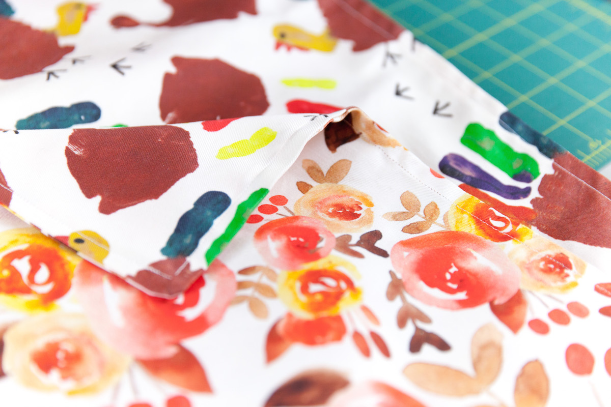 and you're done! A beautiful, festive double sided table runner | Spoonflower Blog