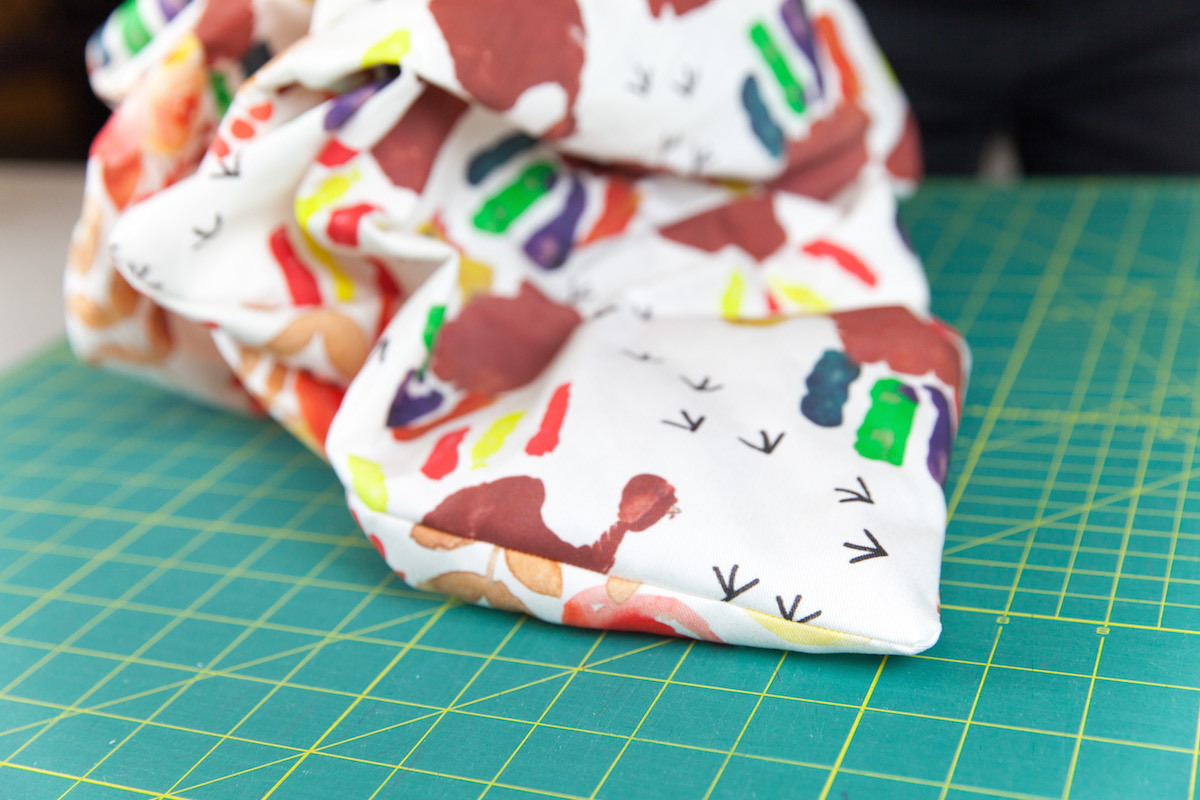 Push out the corners of runner to get sharp corners | Spoonflower Blog