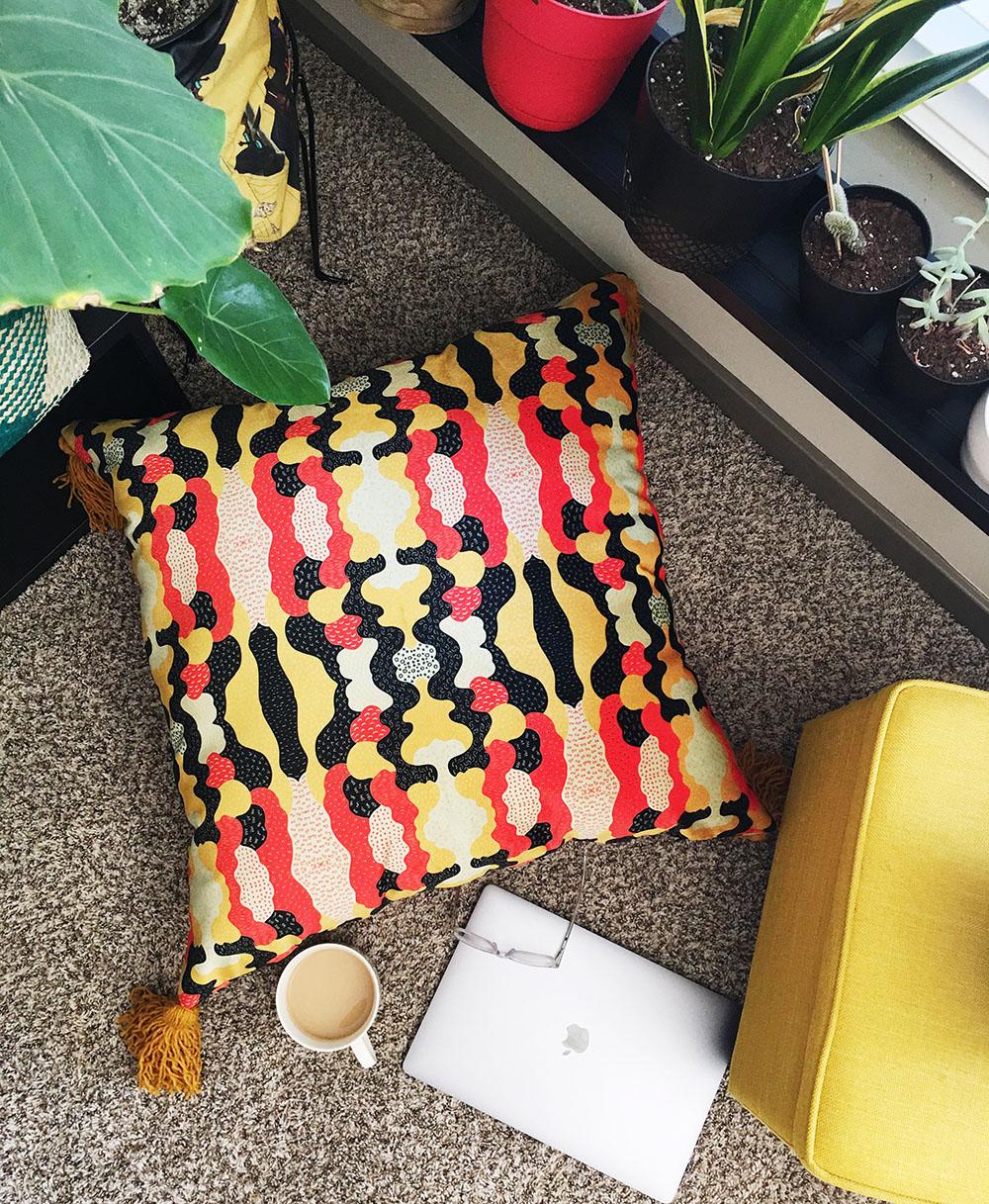 DIY Celosia Velvet Floor Pouf | Spoonflower Blog