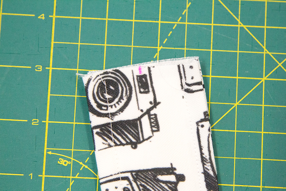 Mark the center of your strap on the short ends and stitch | Spoonflower Blog