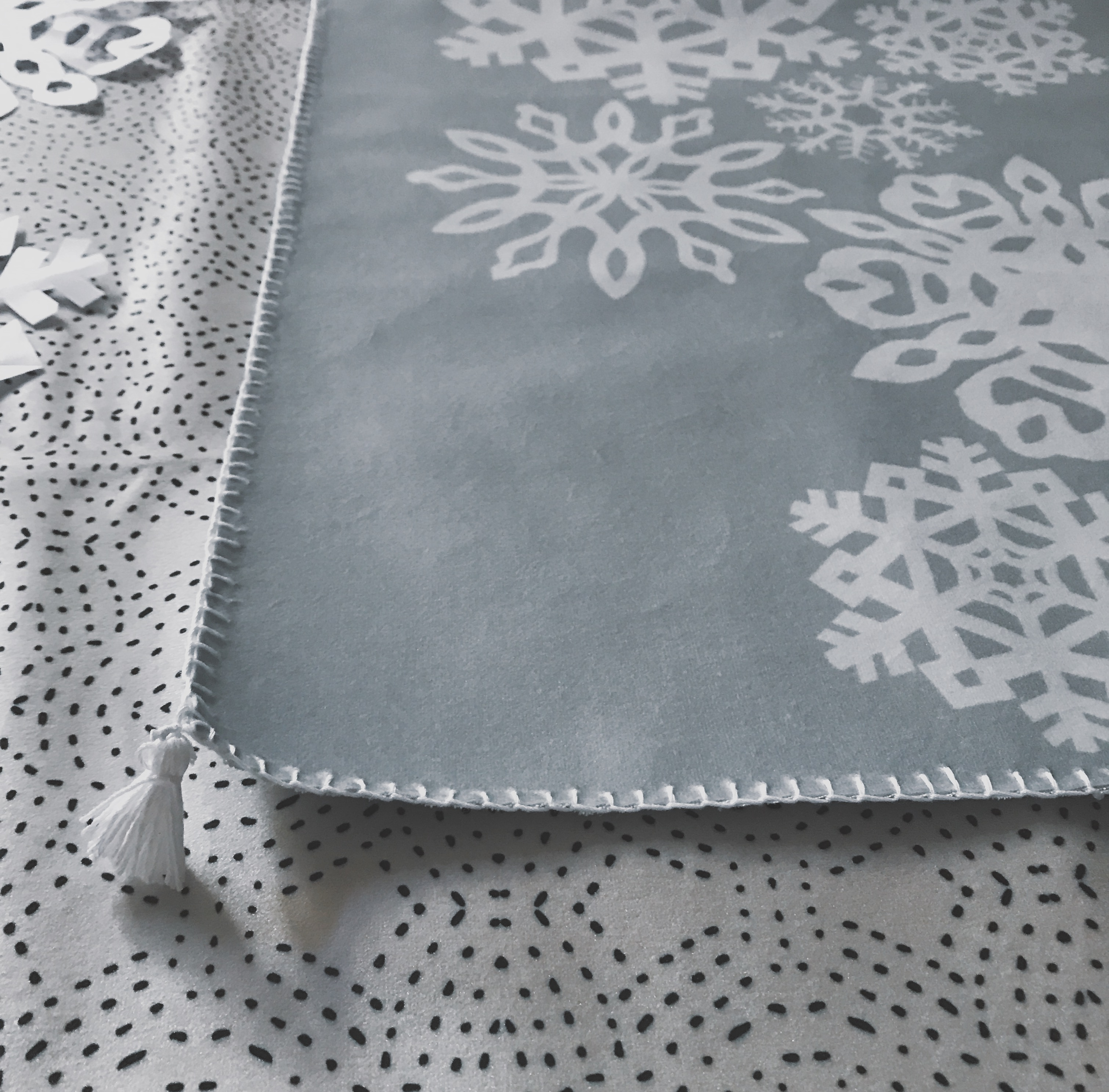 Making Spirits Bright: DIY Paper Snowflake Table Runner | Spoonflower Blog