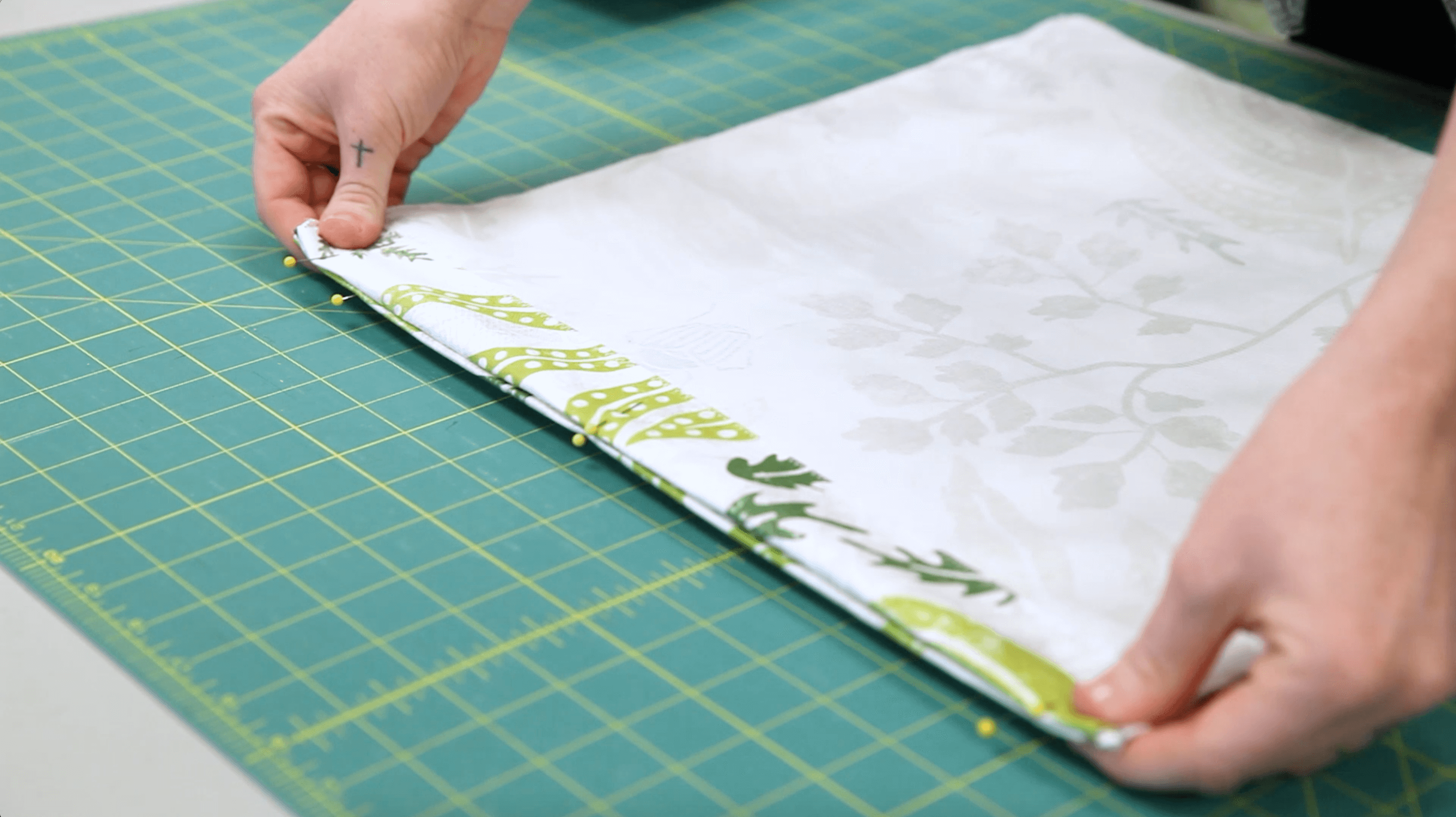 DIY Drawstring Backpack - hem | Spoonflower Blog