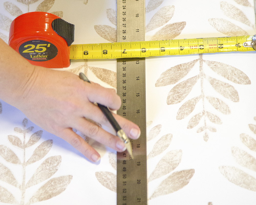 Cutting the wallpaper | Spoonflower Blog