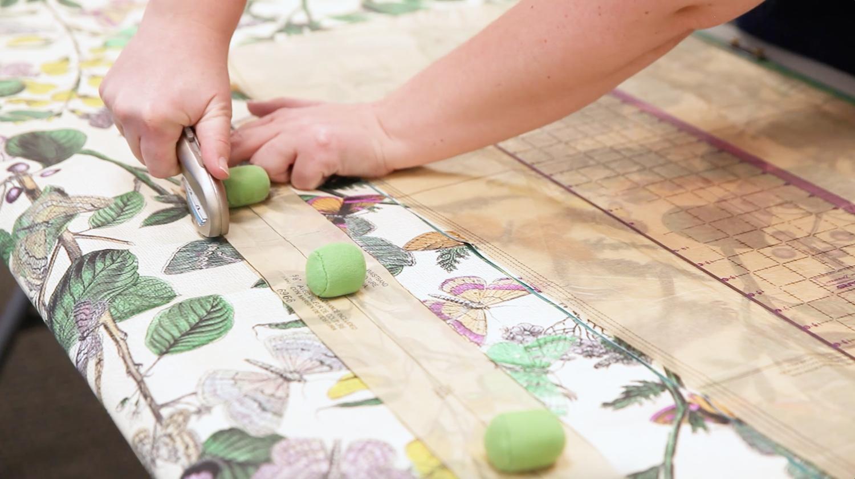 DIY Weite Hose Burda Schnittmuster 6966 Zuschneiden | Spoonflower Blog