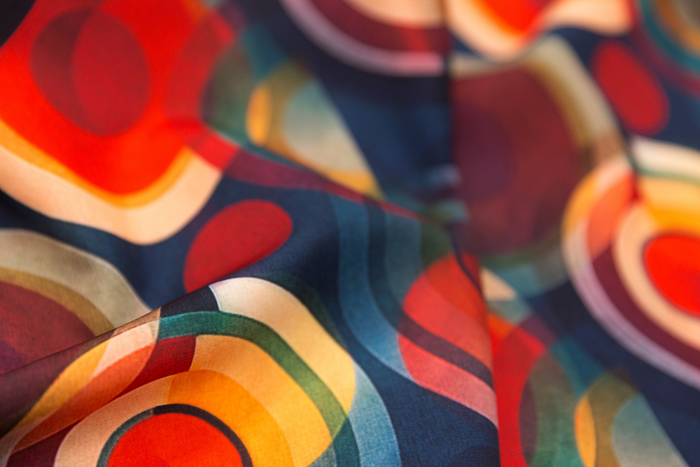 bauhaus circles by dessineo is the Bauhaus Movement design challenge winner | Spoonflower Blog