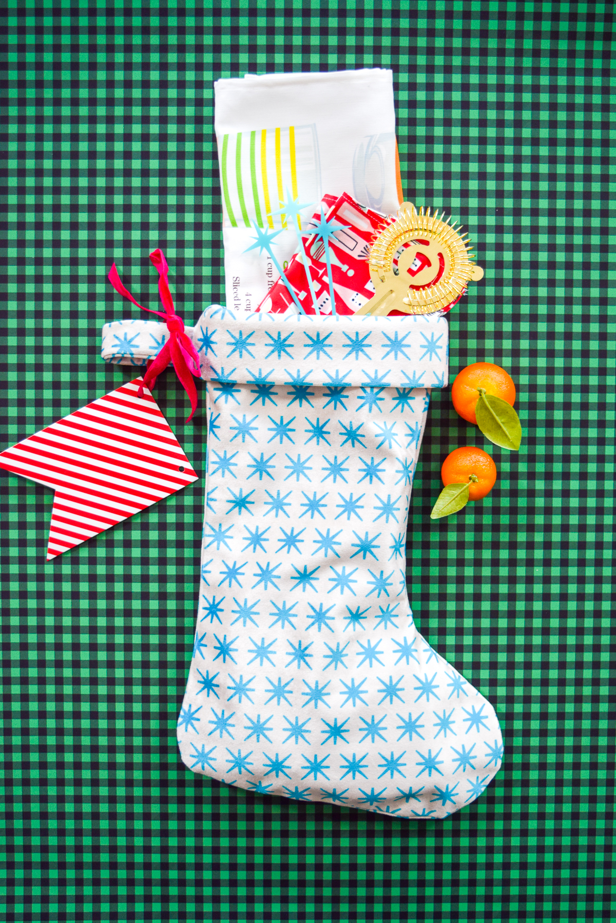 A Handmade Holiday Gift Guide for Everyone on Your List! | Spoonflower Blog