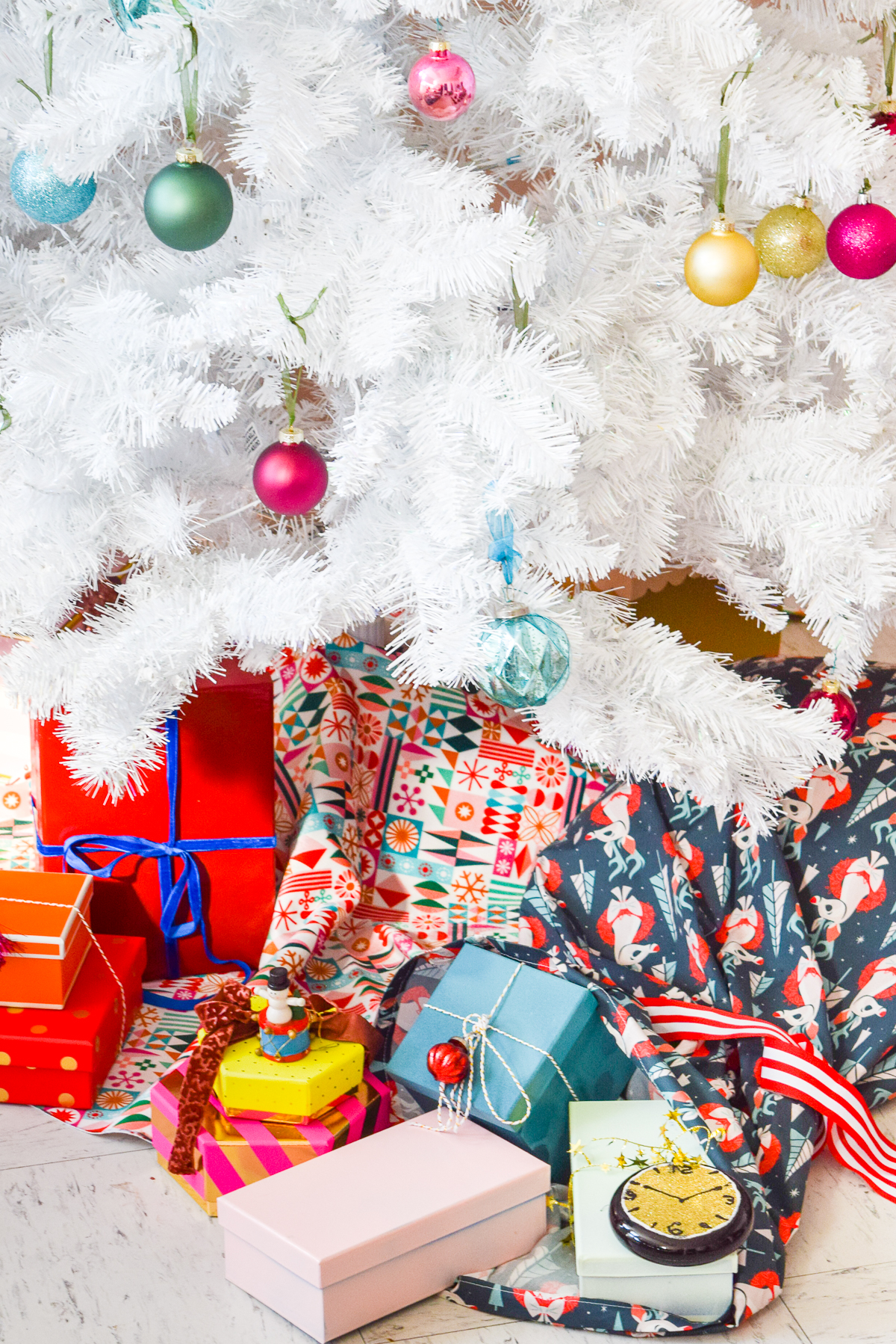 Spread Christmas Cheer with DIY Santa Sacks | Spoonflower Blog