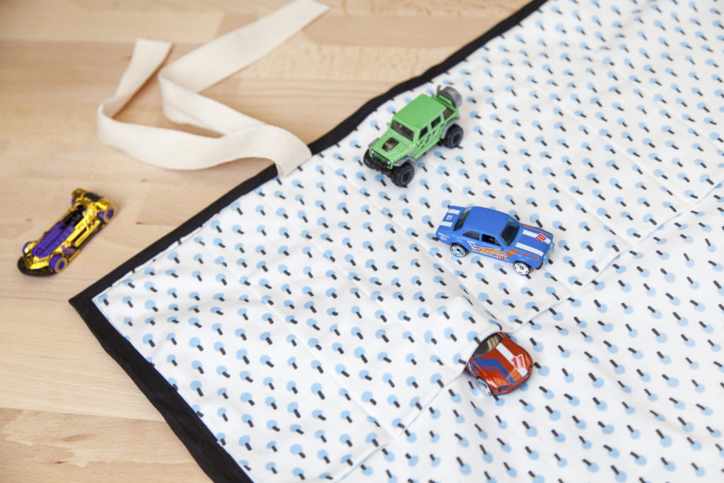 How to Make an Easy Travel Playmat | Spoonflower Blog