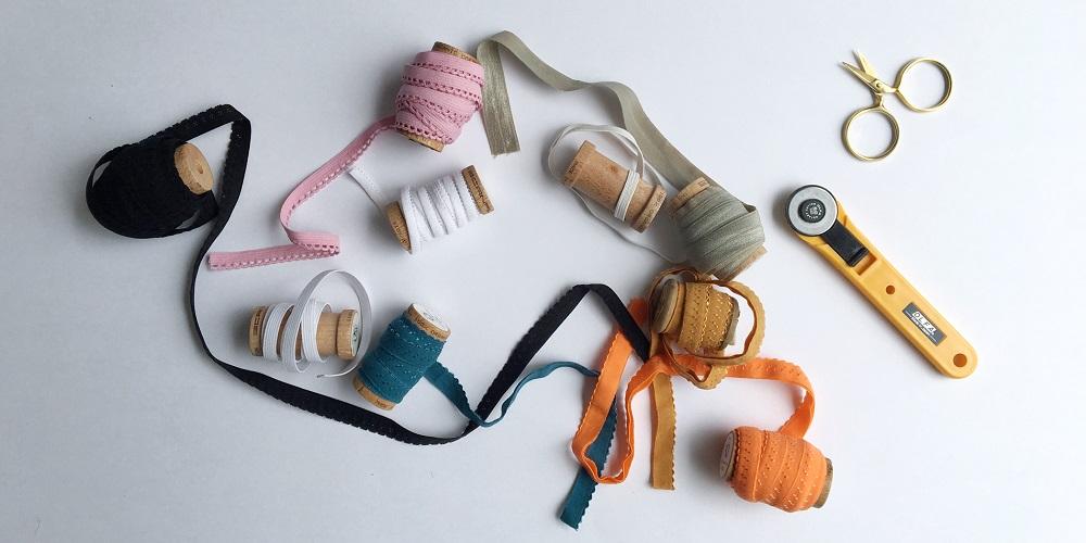 Verschiedene Gummibänder für Unterwäsche