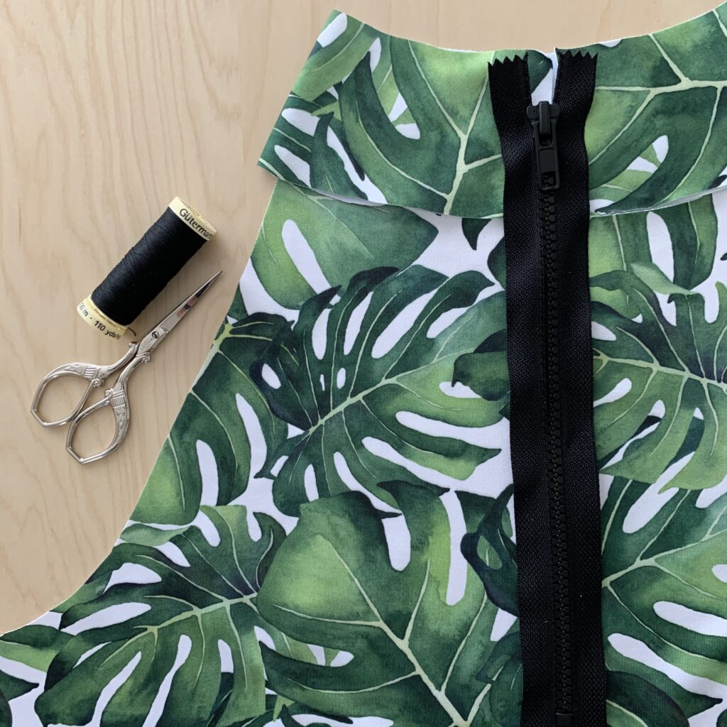 Sewing a modest swimsuit with The Little Pomegranate | Spoonflower Blog