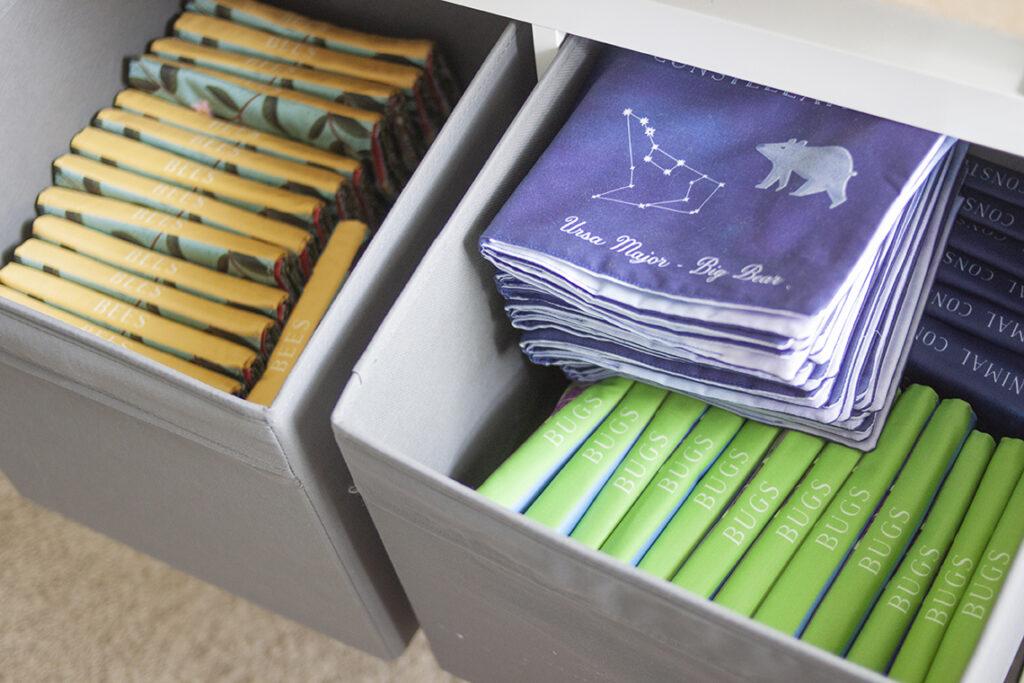 Kinder Stoffbücher von Pitter Patterned in Zusammenarbeit mit Spoonflower