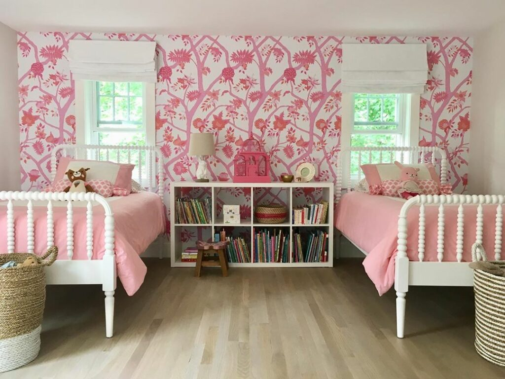 @loftandcottage girls' bedroom featuring Danika's Peony Branch Mural | Spoonflower Blog