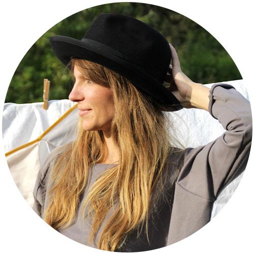 Eva Wohlfarth of mini bee | Spoonflower Blog