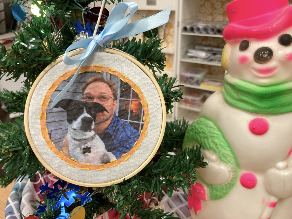 How to Make a Custom Photo Ornament for Under $5 | Spoonflower Blog