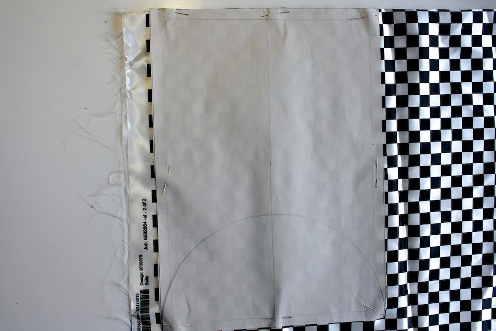 Lining pattern piece