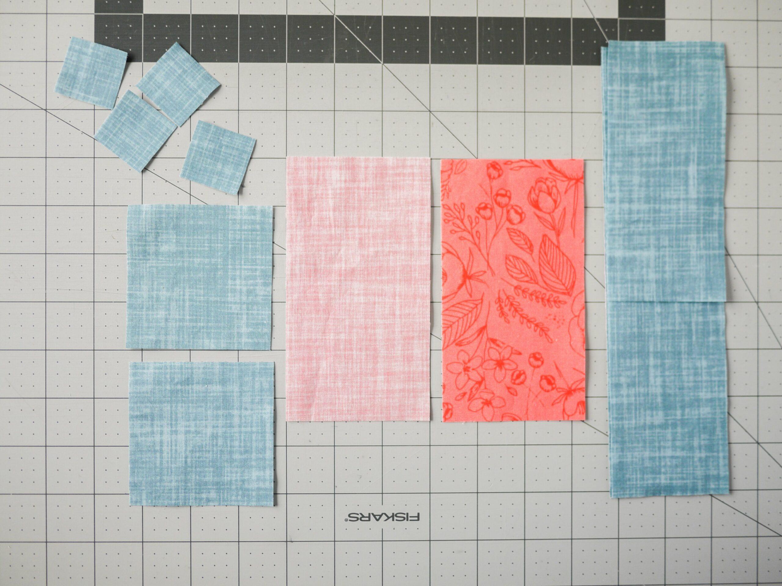 Die ausgeschnittenen Stoffteile für dein herz Quilt Quadrat