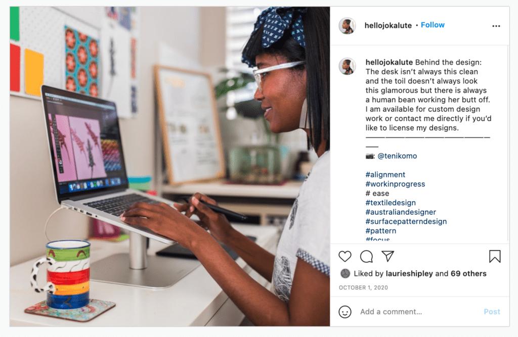 Spoonflower Künstlerin Jo kalute zeigt ihren Followern auf Instagram einen Blick hinter die Kulissen, um ihre Reichweite auf social media zu steigern